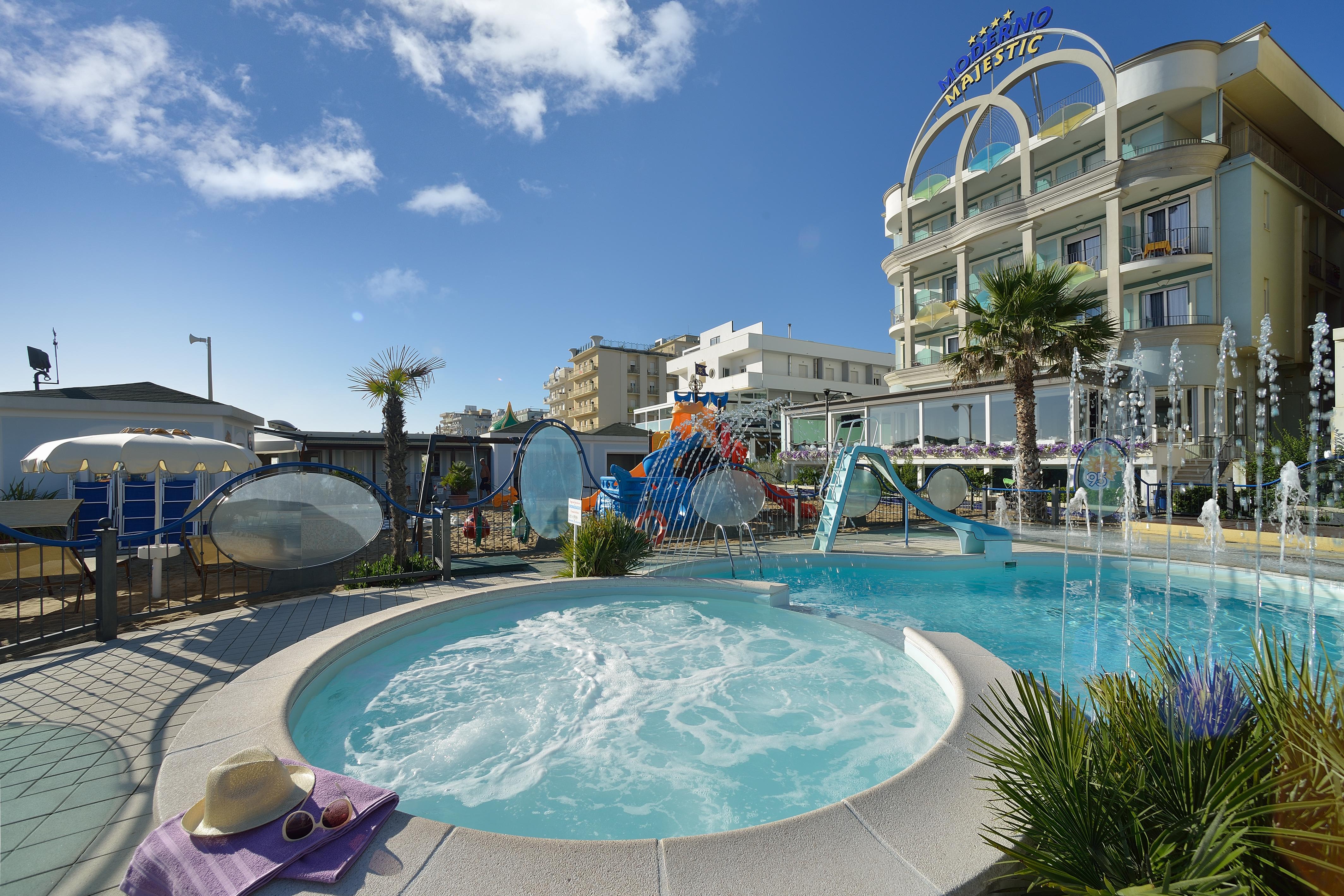 La nostra spiaggia hotel moderno majestic - Cattolica hotel con piscina coperta ...